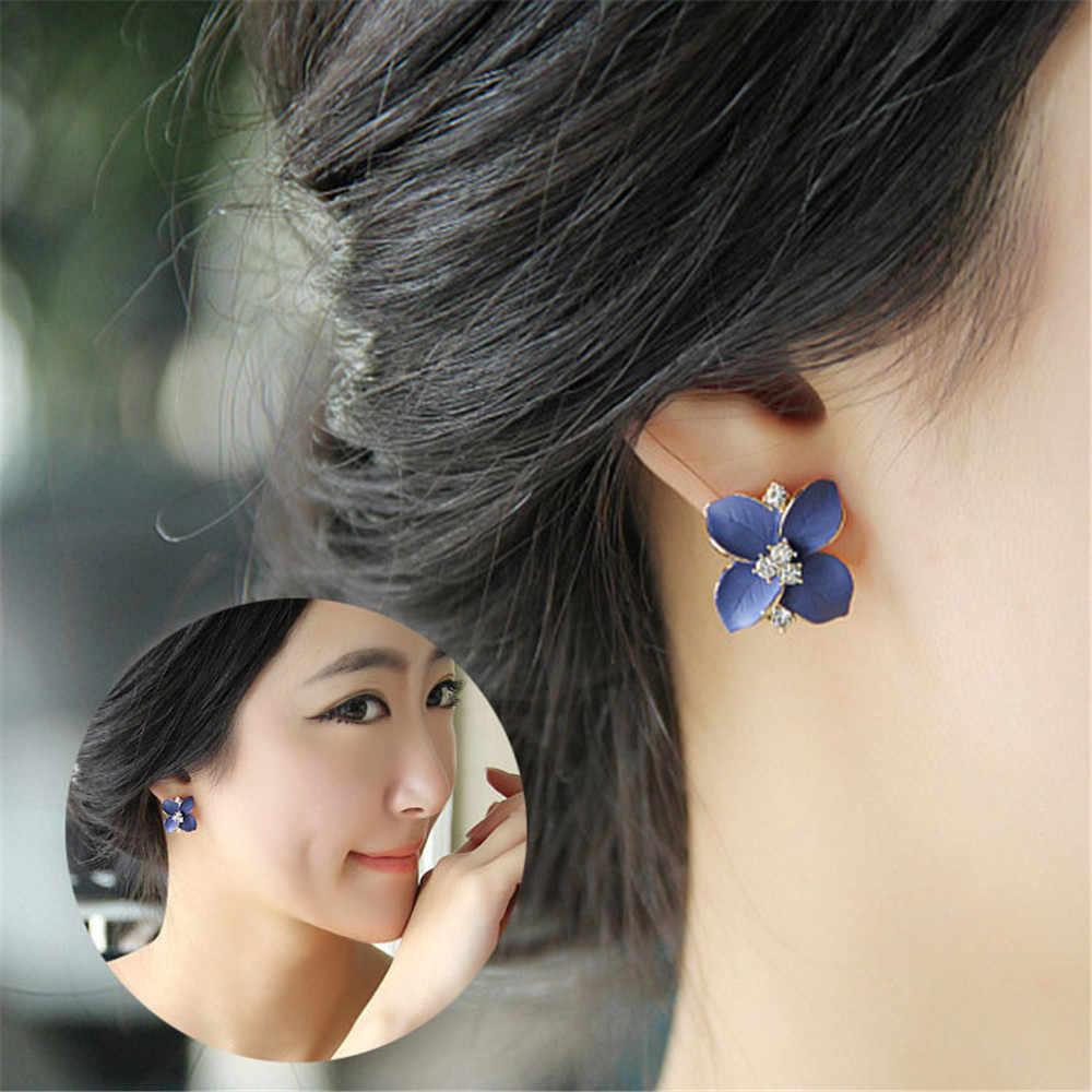 Kolczyki wkrętki nowe kryształowe kolczyki sztyfty z kwiatem dla kobiet czterolistna koniczyna niebieska na imprezę z kwiatami koreańskie kolczyki ze stali nierdzewnej