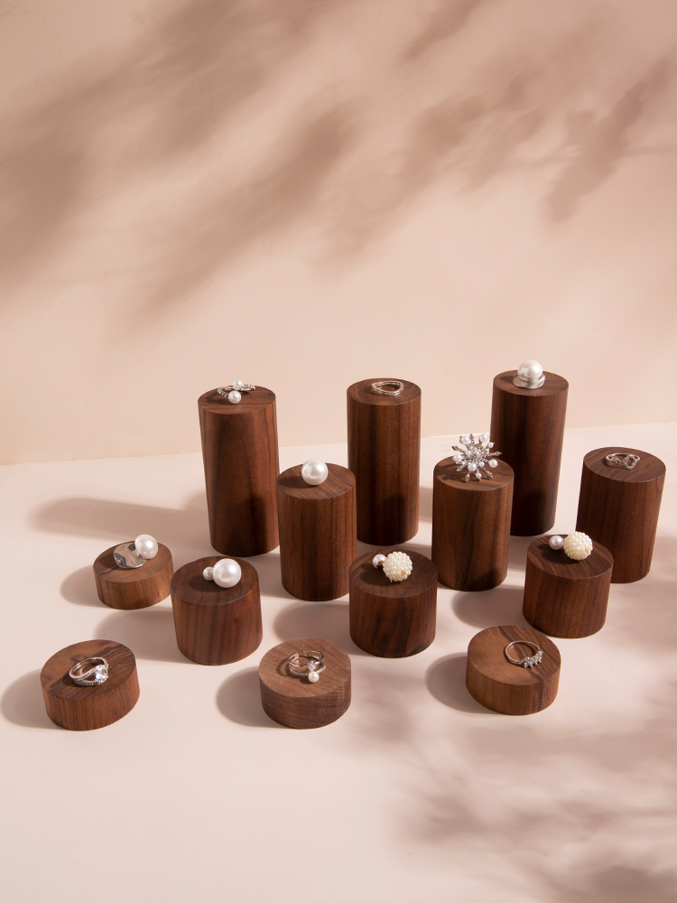 New Fashion Black Walnut Solid Wood Jewelry Display Blocks Earrings Rings Display Holder Jewelry Display Riser