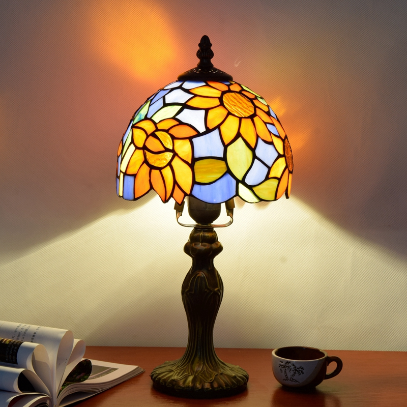 Originality Stained glass Blue Sun flower desk lamp American Pastoral Mediterranean style Decorative light 110-240V Dia:20CM originality stained glass garden flower desk lamp american pastoral countryside hotel barbedside led lamp 110 240v dia 20cm