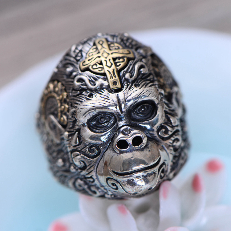 Fashion 925 Sterling Silver Fine Jewelry Vintage Thai Retro Men Ring Cross Gorilla Caesar Finger Ring CH058878