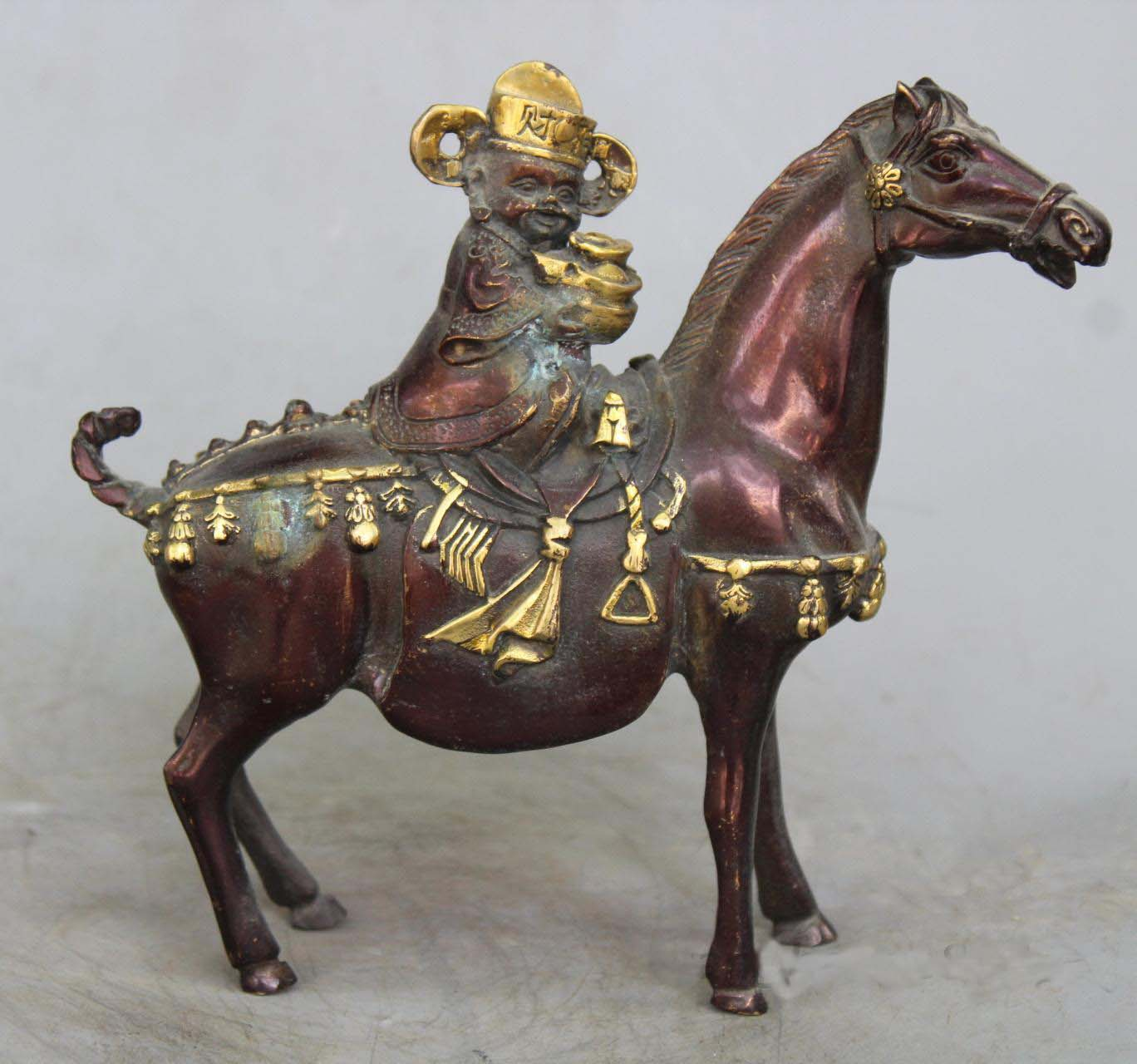 Chinese Red copper gilt Money Wealth Yuanbao God Ride Horse Auspicious StatueChinese Red copper gilt Money Wealth Yuanbao God Ride Horse Auspicious Statue