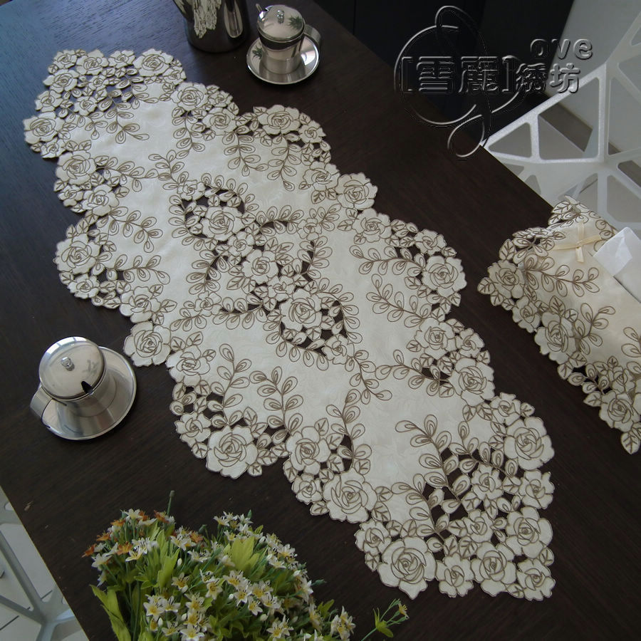 Elegant Fashion Rustic Fabric Embroidered Table Cloth Coffee Runner Cutout Cover Towel China