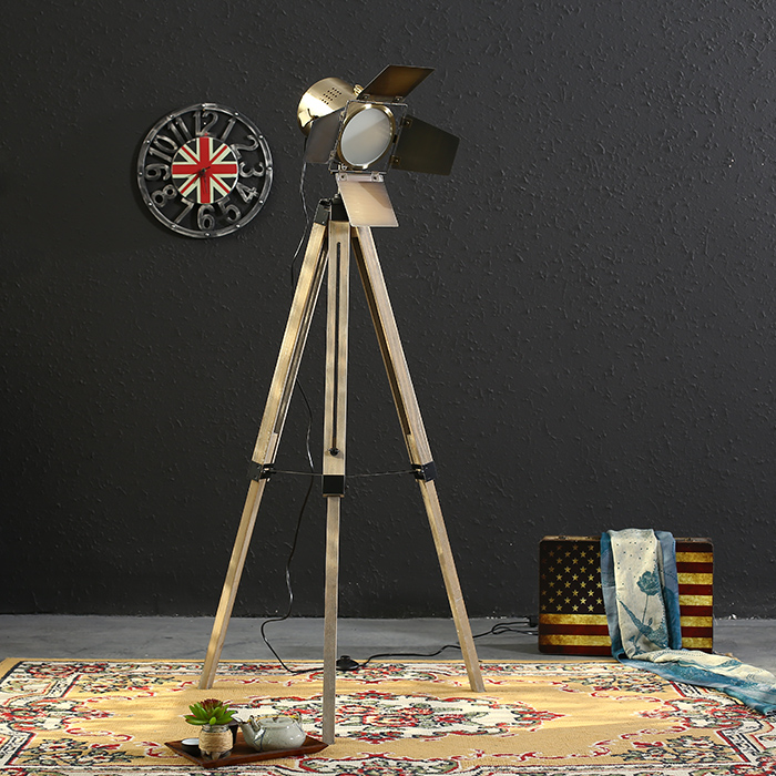 European Vintage Solid Wood Lampstand Photography Floor Lamp Home Corporation Public Space Decoration
