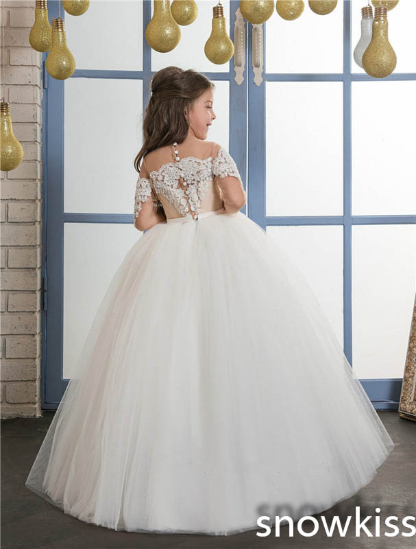 все цены на White/ivory cute long sleeve first communion dresses for little girls with lace appliques beaded tulle flower girl dress в интернете
