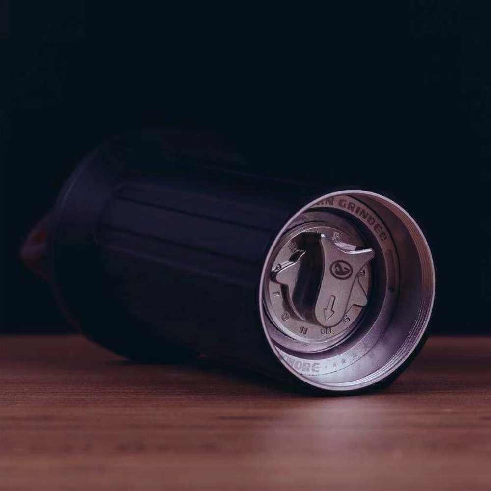 Version améliorée moulin à café portable moulin à café manuel broyeur à poignée cachée en acier inoxydable
