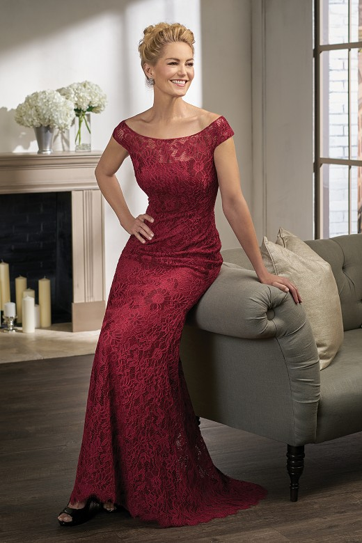 Elegant Red Lace Cap Sleeve A Line Mother of the bride dresses Plus Size Scoop Neck