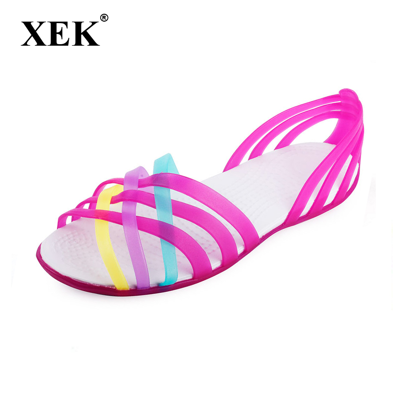 Women Sandals 2018 Summer Fashion Candy Color Women Shoes Peep Toe Stappy Beach good Rainbow Croc Jelly Shoes Woman Flats XC34 slhjc 2017 summer flats cool sandals flat heel pointed toe cutout jelly shoes durable wear sandals beach travel shopping shoes