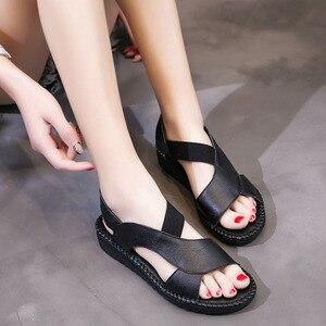 Image 5 - DRKANOL 정품 가죽 샌들 여성 플랫 검투사 샌들 여성 여름 신발 오픈 발가락 샌들에 수제 슬립 여성 블랙
