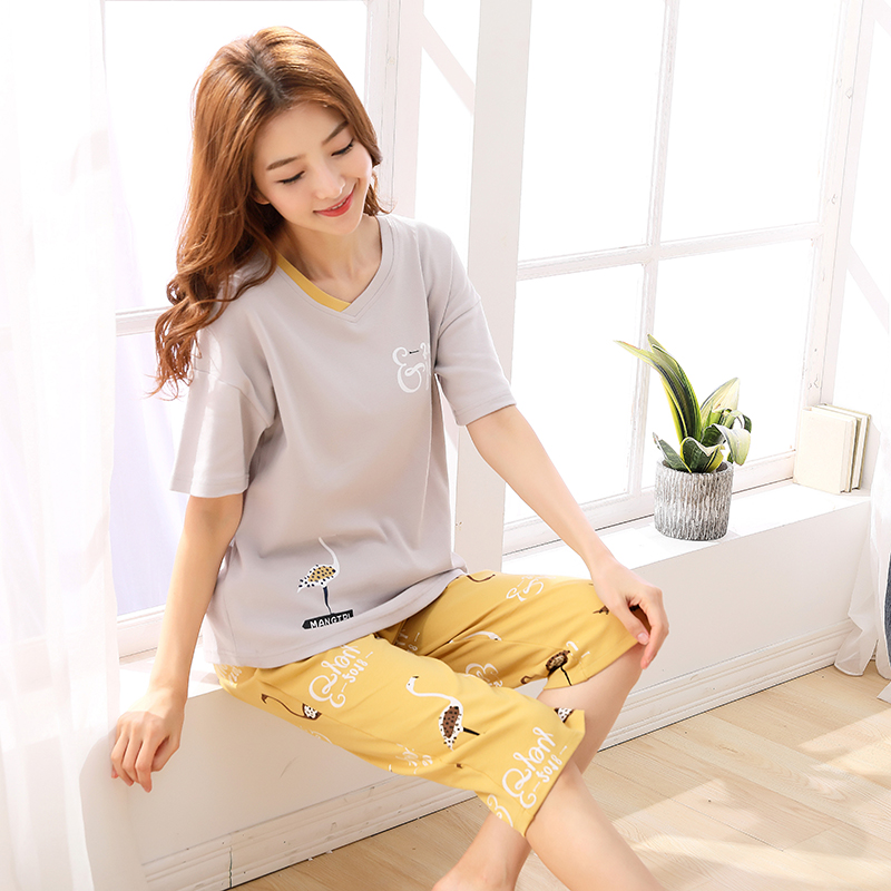 Summer Short Sleeved 100% Cotton Women's   Pajama     Set   Cute Girl Cartoon Calf-Length Pants   Pajama     Sets   Sleepwear Pyjamas Fashion