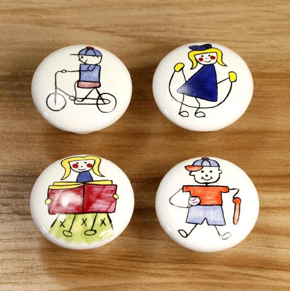 Dresser knob drawer knobs pulls handles childrens sports for Children s bureau knobs
