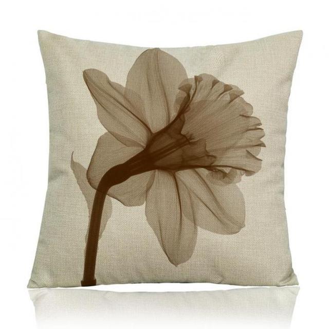Manufacturers Direct Supply Transparent Flowers Printing Soft Short Enchanting Decorative Pillow Manufacturers
