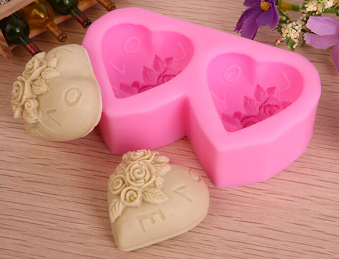 Ilmainen toimitus Rose-sydämen muotoisen saippuamuotin mallintaminen - Keittiö, ruokailu ja baari