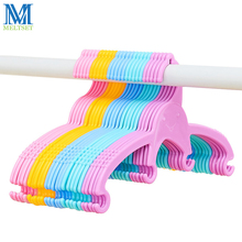 5pcs/Lot Portable Baby Clothes Hanger Outdoor Clothes Drying Rack for Children Candy Color Plastic Kids Hangers