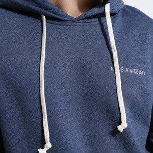 Image 3 - SIMWOOD 스웨터 남성 솔리드 컬러 캐주얼 후드 2020 봄 새로운 수 놓은 후드 풀오버 조깅 후드 플러스 크기 180211