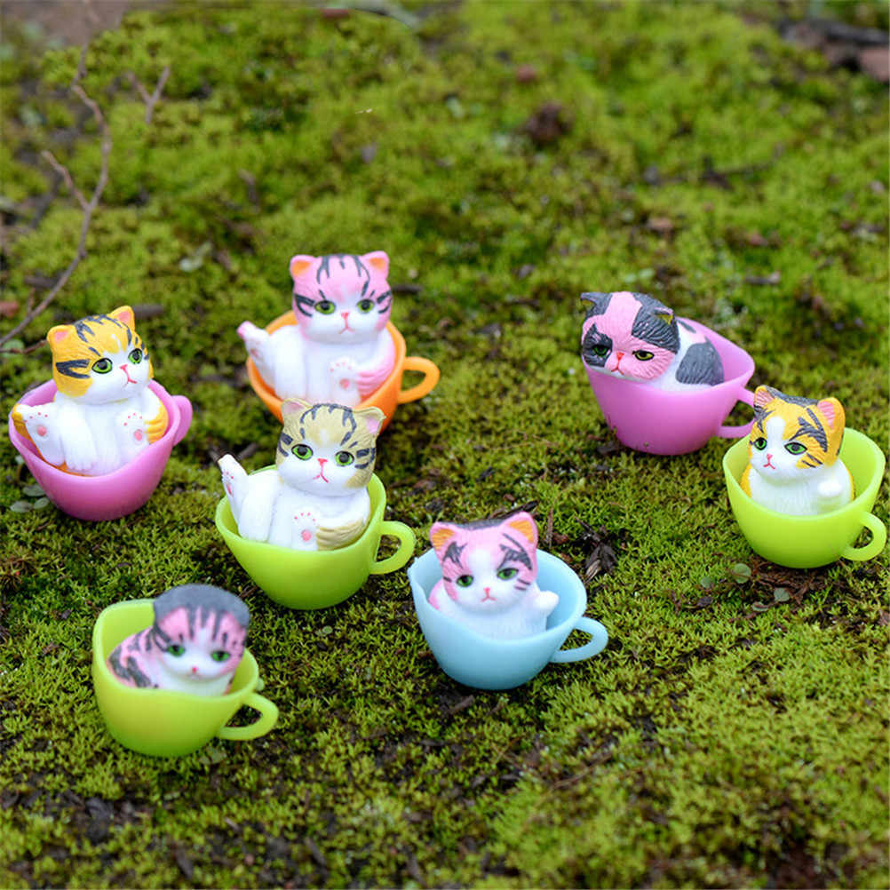 1PCS Cartoon Lucky Cats Micro Landscape Kitten Microlandschaft Pot Culture Tools Garden bonsai Decoration Miniatures