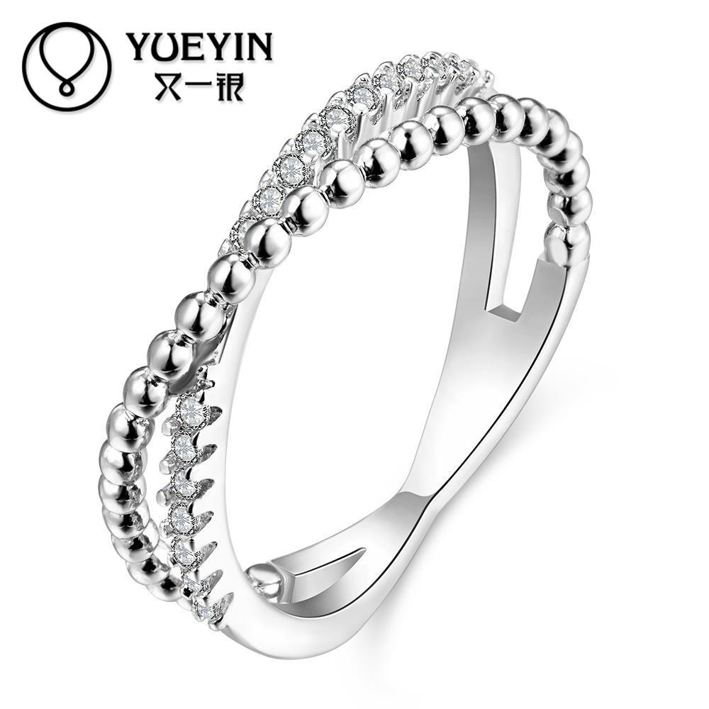 507030c75088 2016 Nuevo venir mujeres anillos pavimenta Austria cristal joyería europea  para las mujeres dedo anillo de bodas regalo de cumpleaños