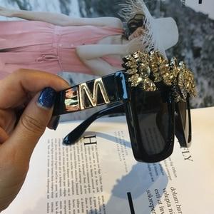 Image 3 - ที่กำหนดเองทำคริสตัลหรูหราแว่นกันแดดผู้หญิงB Ling R Hinestone O Versizeสแควร์แว่นกันแดดแบรนด์แว่นตาวินเทจสีสุภาพสตรี
