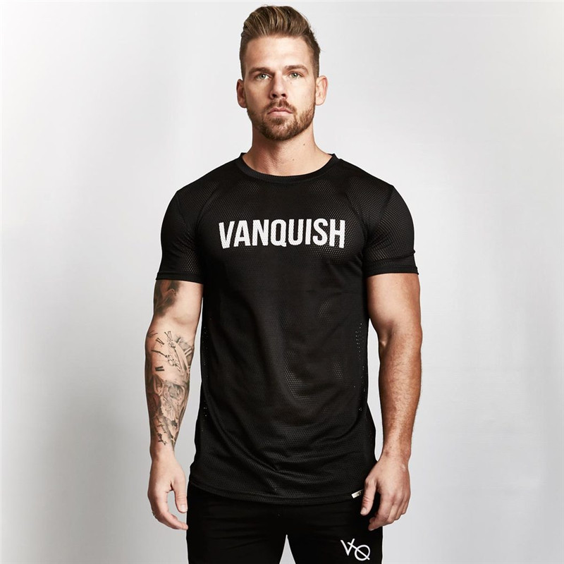 2018 new summer mens t-shirt Fitness Bodybuilding T-shirt Gyms Workout Short Sleeve Shirts Male Fashion casual top tee