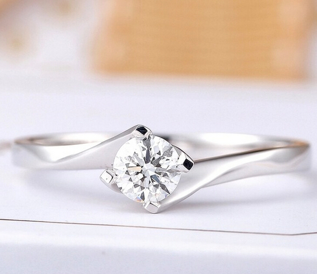 05ct 4 prongs 925 sterling silver ring jewelry irregular cross arm design wedding ring for - Wedding Ring Necklace Holder