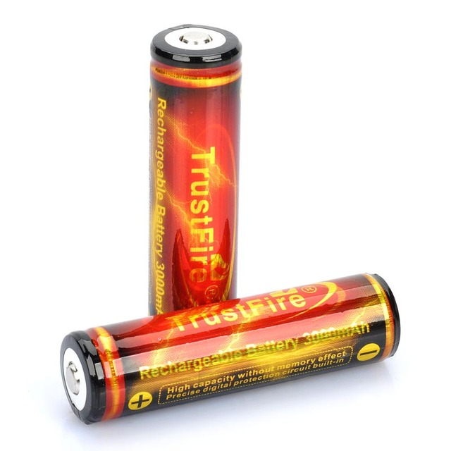 (2pcs/ lot) TrustFire Protected 18650 Battery 3000mAh Lithium Battery Rechargeable 18650 BatteriesTorch luz hunting flashlight