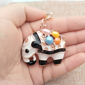 4.5*4CM Cute Crystal Elephant Keychain Women Car Styling Key Ring Finder Bag Accessories For Woman Party Gift 2018 New Keychain