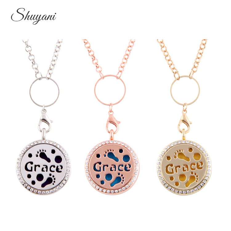 10pcs/lot 30mm Round Essential Oil Diffusing PerfumeAromatherapy Locket Necklace Grace Letter Rhinestone Memory Living Locket