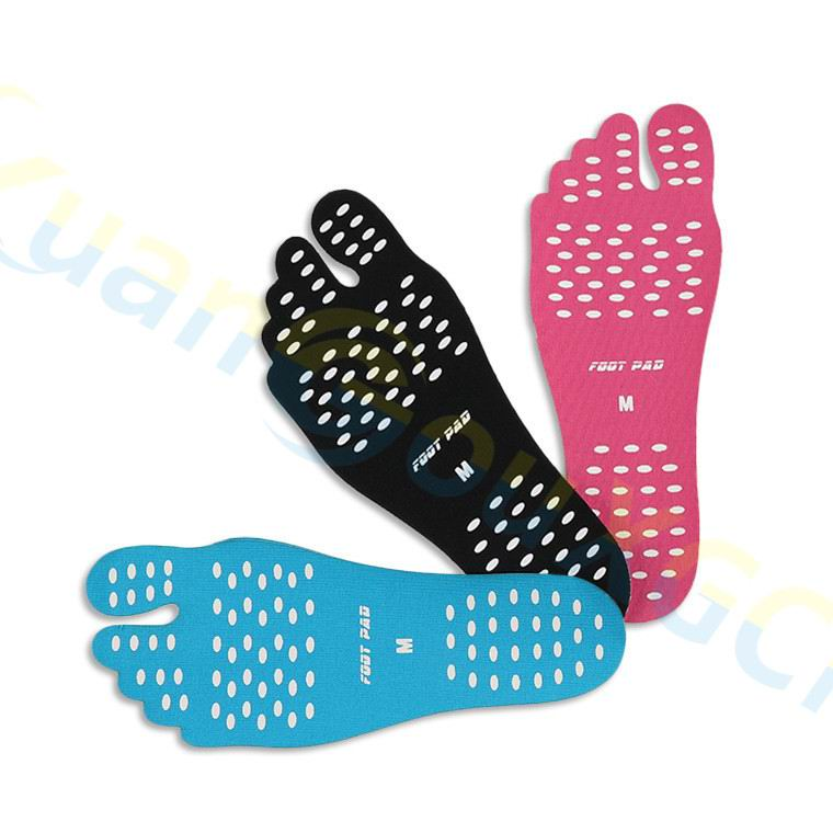 100pairs Silicone outdoor sport Beach Foot Patch Pads Insoles kid Waterproof Invisible Anti skid Shoes Mats men Foot Pads Patch in Beach Outdoor Sandals from Sports Entertainment