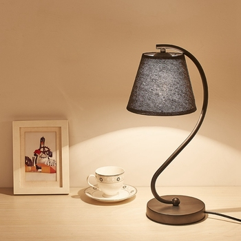 Nordic LED Table Lamp Contracted Modern Creative Cloth Desk Light Study Bedroom Bedside Lighting Indoor Living Room Decora Lamp