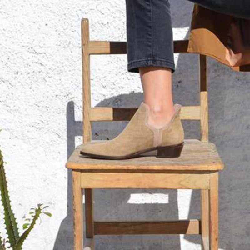 Vrouwelijke Slip op Hakken Casual Botas Nieuwe PU Laarzen voor Vrouwen PVC Enkel Regen Laarzen Mujer Booties Feminina Maat 43