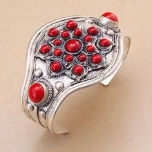 Retro de Plata de Tíbet tallado incrustaciones de Flores de coral rojo redondo garantía pulsera Partido Ajustable Recuerdos y 6YB00079