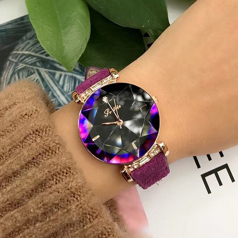 Dropshipping Fashion Diamond Glass Leather Strap Female Student Watch Personality Ladies Watch Red Dial Women s