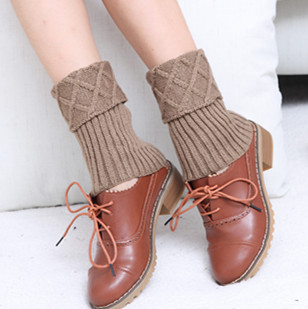 Fashion Hot New Short Cut Diamond Wool Socks Set Autumn And Winter Women's Knitted Leggings Boots Set Foot Cover