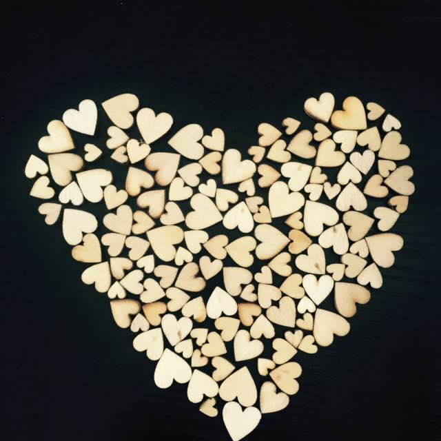 100pcs mini Heart Shape Wood Slices For Wedding Crafts Embellishment Home Wall Decoratio ...