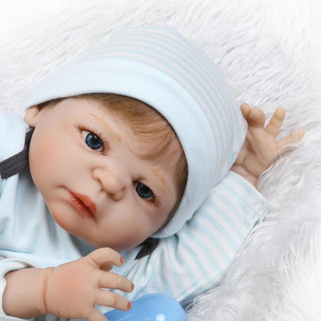 NPk 56 centimetri In Silicone rinato bambino bambola giocattolo come i bambini bambola reale del silicone pieno del corpo appena nato bebes reborn bonecas vasca da bagno impermeabile