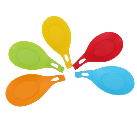 Dropshipping Spoon Mat Holder Eggbeater Heat Resistant Dish Kitchen Gadgets Silicone Pad Multan