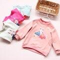 1911631 Venta Al Por Menor 2016 Nuevo Bebé del Otoño Top Apliques Conejos Flores Catoon Chica Camiseta Chica de Moda de Ropa Lolita