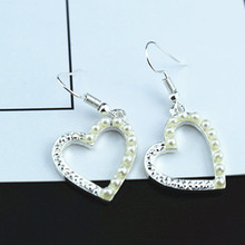 wholesale 2Pair 4PC Korean jewelry version of the new love fashion pearl earrings pierced heart girl