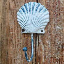 European Antique White Sea Star Snail Seashell Crab Design Small Cast Iron Wall Hook Home Garden Decor Wall Items