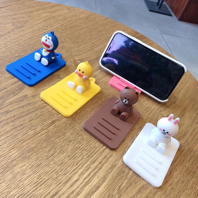 Desk Universal Cartoon Smart Phone Table Holder For iPhone Huawei Xiaomi Silica gel Tablets Desk Mount Stand Bracket Desktop