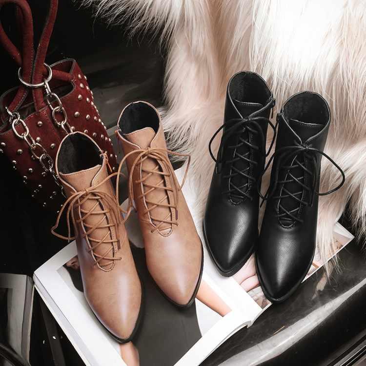 Новинка 2018 года; модные мягкие женские ботильоны; сезон весна-осень; винтажная бахрома обувь женщина; уличные непромокаемые сапоги; женская обувь на высоком каблуке