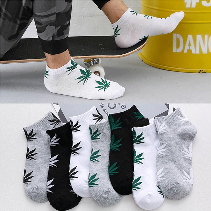 Fashion 1Pair Comfortable High Quality Cotton Socks Leaf Maple Leaf Casual Long Weed Crew Sock Autumn Winter