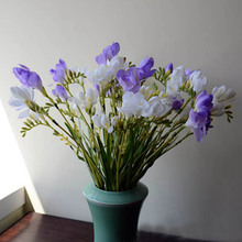 7 Uds. De flores artificiales de seda Fresia, orquídeas, jarrón falso para jardín, decoración para fiesta de boda, 60cm de largo