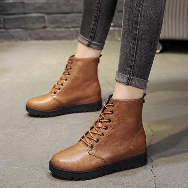 067c15209 Martin botas femininas sapatos baixos 2018 outono e inverno nova rodada  cabeça de vento Britânico selvagem