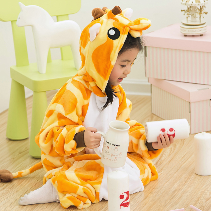 2016 Christmas Pajamas Kids Giraffe Cartoon Unisex Sleepwear for Age 4-12