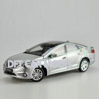 1:18 Alloy Toy Vehicles AZERA GRANDEUR Car Model Of Children's Toy Cars Original Authorized Authentic Kids Toys