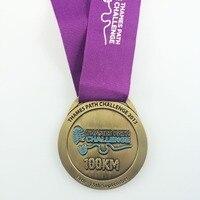 Deportes medalla de oro/plata/bronce chapado en 2.5 pulgadas de diámetro se adjunta con la acción cordón-300 unids