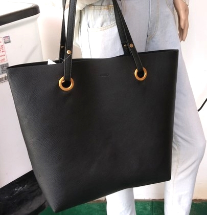 213978b6224f8 Simple Fashion Handbags Women Shoulder Bags Solid Color Big Tote Bag Bolsa  Women PU Leather Handbags Black Bucket Bolsa Feminina