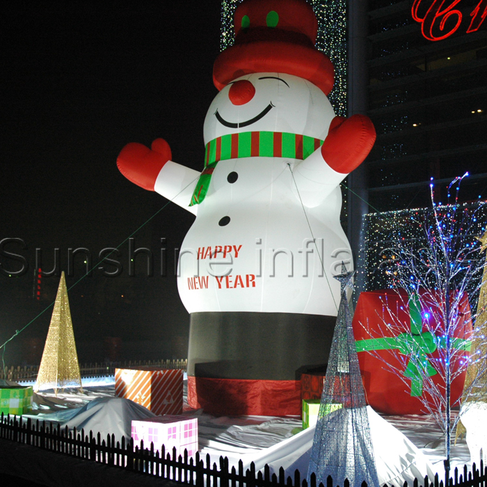 Lovely giant outdoor christmas inflatable snowman for christmas decorationLovely giant outdoor christmas inflatable snowman for christmas decoration