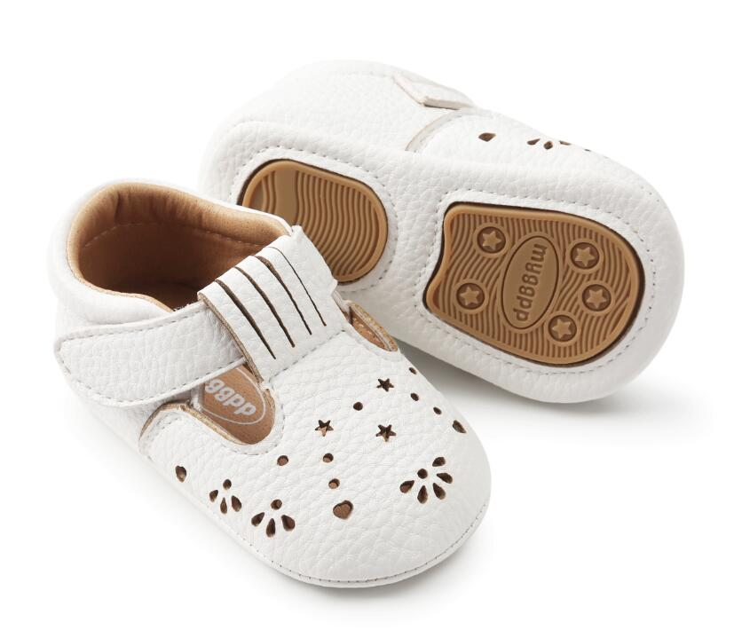 Hot sale Baby Girl Shoes hard sole hollow Toddler first walkers moccasins Spring Autumn Infant PU Leather Shoes For Party