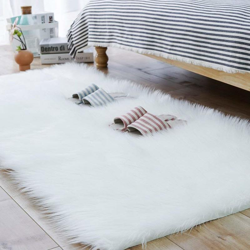 Enipate White Faux Sheepskin Wool Rug Fluffy Hairy Wool Carpet Seat Pad Living Room Bedroom Balcony Decor 4 Sizes